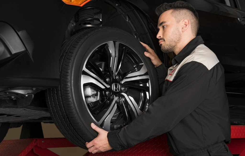 Install Summer Tires Goderich Honda